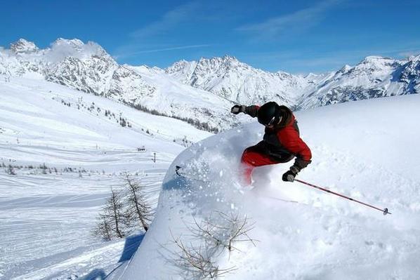 s jour ski puy saint vincent comparateur ski pas cher. Black Bedroom Furniture Sets. Home Design Ideas