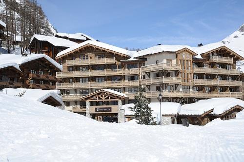 Hotel les barmes de l 39 ours val d 39 isere s jour pas cher for Piscine val d isere