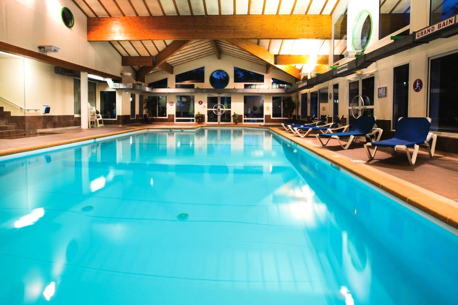 Village club les alpes d 39 azur serre chevalier 1200 for Briancon piscine